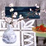 梅とイチゴと伝統織物